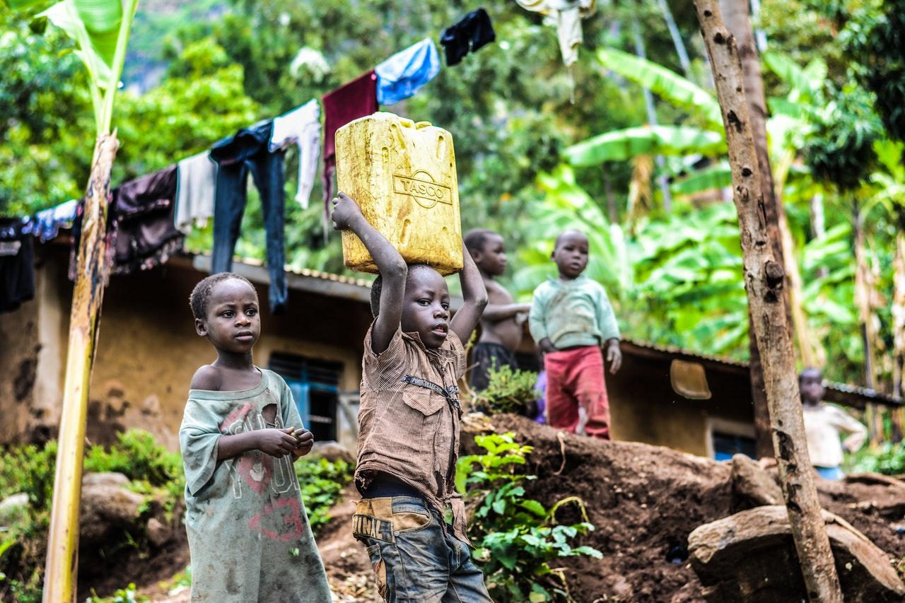 Kinderarbeit: Darum wird sie immer noch praktiziert